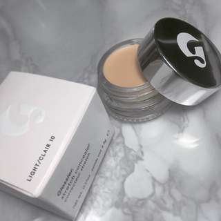 BNIB IN-STOCK: Glossier Stretch Concealer in Light
