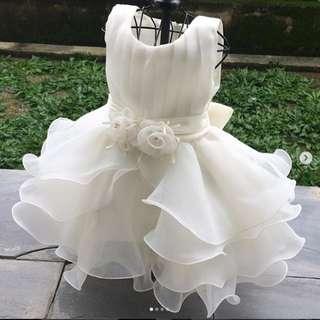White ruffles princess dress in white   18-24 months