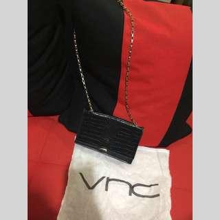 VNC slingbag