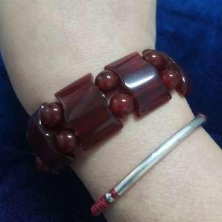🚚 紅玉墬男手環