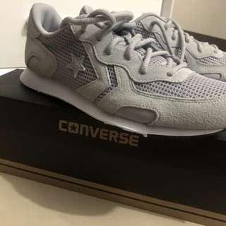 BNIB Converse leather grey size 42 original !