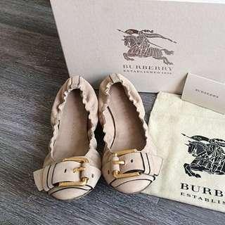 🚚 Burberry真皮娃娃鞋