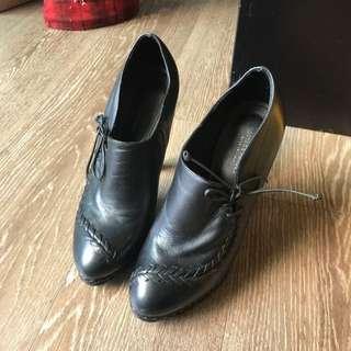 🚚 BV高跟踝靴35 Bottega Veneta