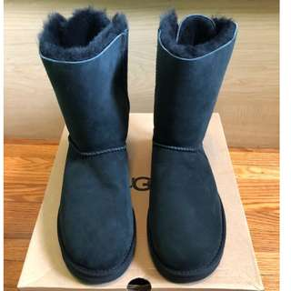 UGG Meilani w/Black - BRAND NEW