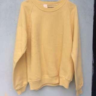 Sweater Kuning Pastel