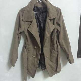 淺棕色大衣外套 #大掃除五折