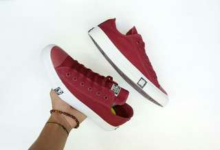 Converse ct thunder low maroon bnwb