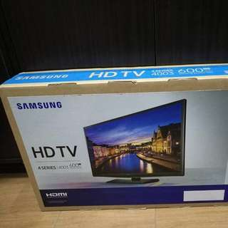 "24"" Samsung HDTV for Sale"