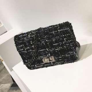 Tweed Crossbody Chain bag