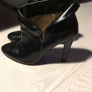 Michael Kors Black Leather Booties size 7