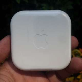 Earphone OEM with apple logo