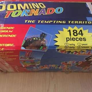 Domino Tornado 184 pieces