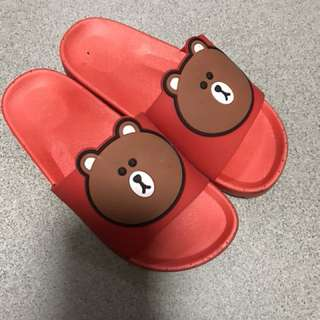 PL line friends slippers