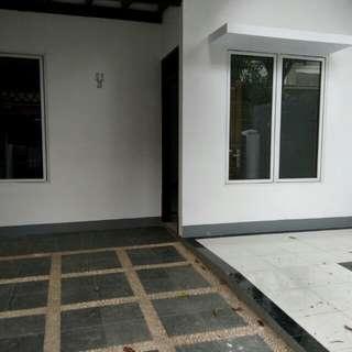 Dijual Rumah di Nusa Loka BSD