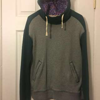 Vans mountain edition, gray and green drawstring hoodie| size m