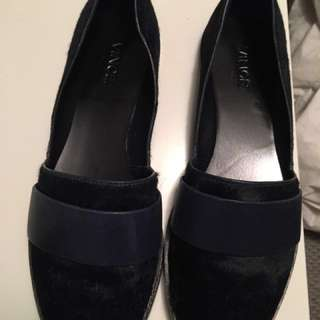 REDUCED | Vince pony hair Loafers - Like New