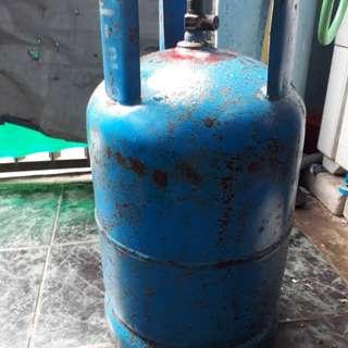 Dijual tabung gas elpiji ukuran 12kg masih kuat bagus