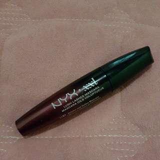NYX lush lashes mascara