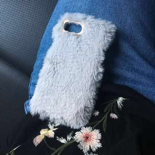 Stradivarius Gray Furry iPhone 6/7 Case