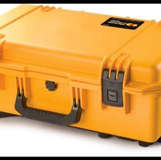 Pelican Storm iM2500 case without foam, Yellow