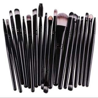 Harper's Mermaid 20pcs Makeup Brush Set