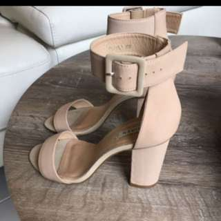 Siren nude leather heels 8.5