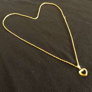 Valentines Gift 18 Carat Gold Heart Necklace