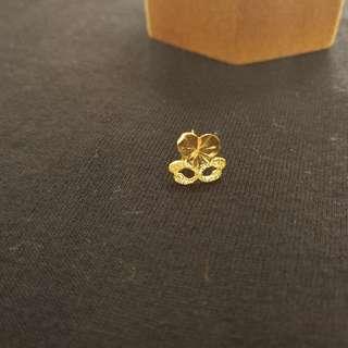 Valentines Gift Heart on Maskara Gold Earrings