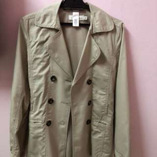 H&M trench coat for kids