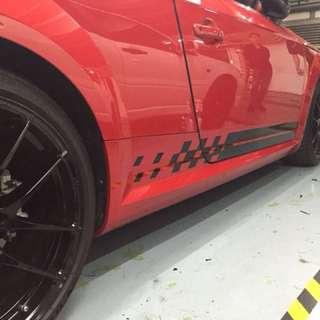 Racing stripe design