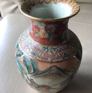Antique Chinese style porcelain vase