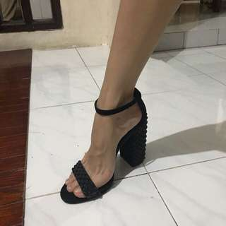 Zara high heels size 40 authentic black hak tinggi hitam