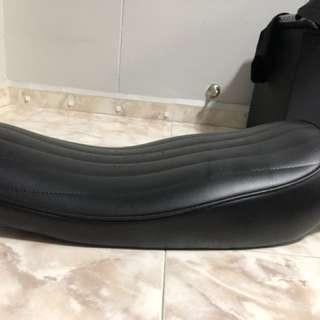 Yamaha Sr400 Seat