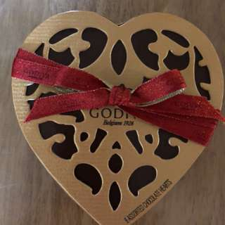 Valentine's Day Assorted Chocolate Heart Gift Box 6pcs