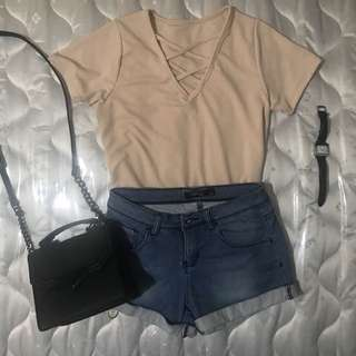 Criss cross peach top