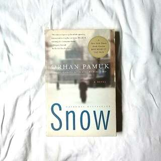 Snow by Orphan Pamuk