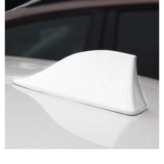Shark fin antenna white