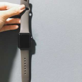Apple Watch Series 3 (38mm Grey w/ GPS + Sports Band)