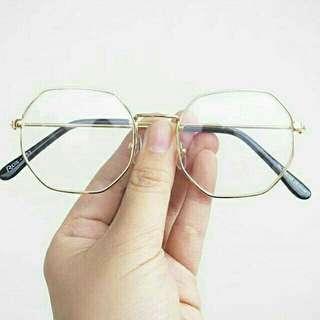 Kacamata frame besi