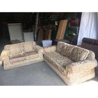 二手家具全省收購(大台北冠均 五股店)二手貨中心--歐式復古舒適布沙發 2+3布沙發SO-011207