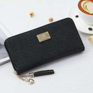 Henna wallet *black