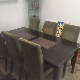 Dinner table plus chairs