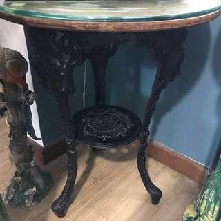 Vintage cast iron table