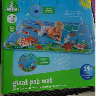 giant Pat Mat