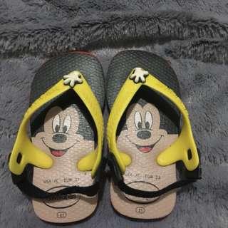 Havianas slippers