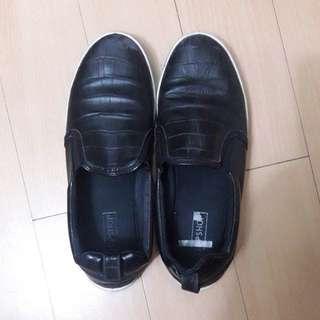 Topshop black leather slip ons