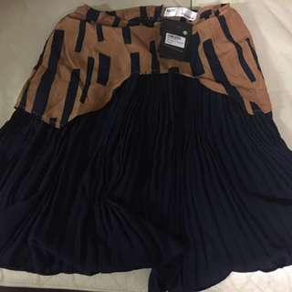 Brand New - MDS Pleated Skirt