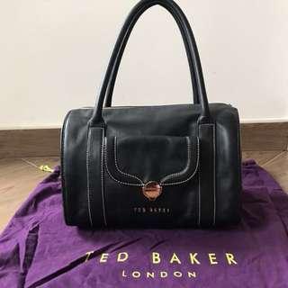 Ted Baker 黑色袋 玫瑰金扣及拉鏈