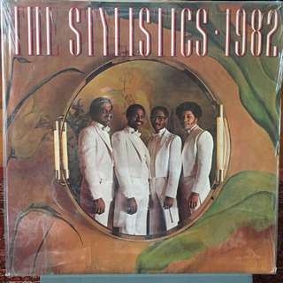 Piringan hitam The Stylistics - 1982