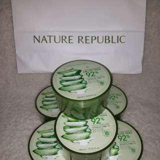 Original Nature Republic Aloe Vera Soothing & Moisture Gel